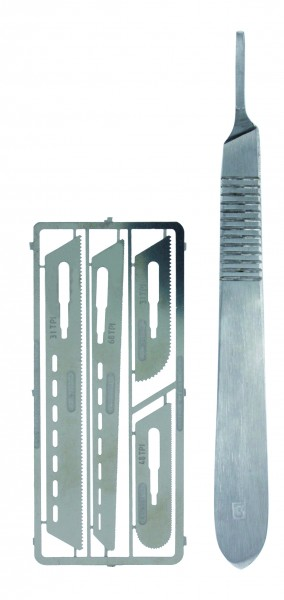 Vallejo Tool Saw set 1 with scalpel handle 4